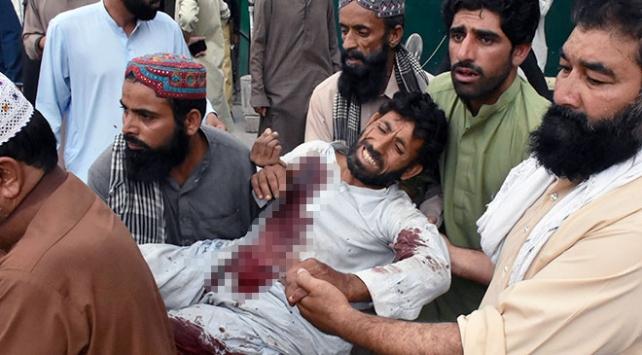 Pakistanda iki mitingde bombalı saldırı: 132 ölü