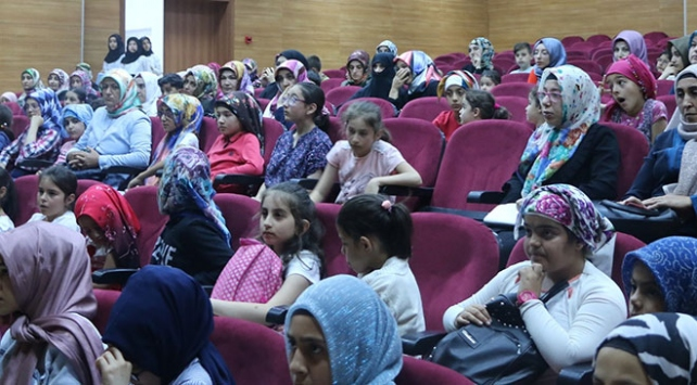 Erzurum İspirde kadınlar kanser konusunda bilgilendirildi