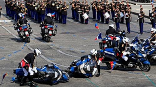 Fransa Milli Günü kutlamalarında motor kazası