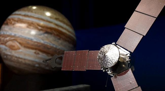 Jüpiterin uydusu İoda yanardağ olduğu saptandı