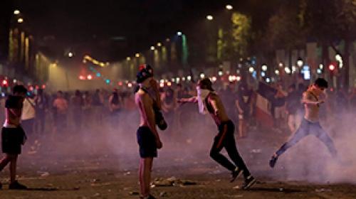 Fransada zafer kutlamaları çatışmaya dönüştü