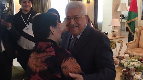 Maradonadan Mahmud Abbasa: Ben Filistinliyim