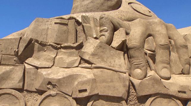 Antalya Kum Heykel Müzesi 12. kez ziyarete açıldı