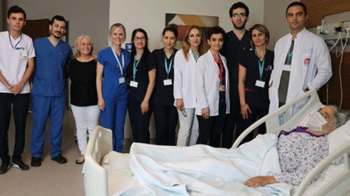 Şehir hastanelerinde ilk kez kadavradan karaciğer nakli yapıldı