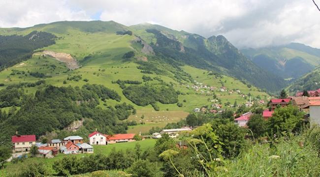Trabzon Güzelyayla dört mevsim ziyaretçi ağırlıyor