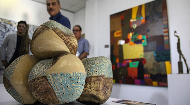 Iraklı sanatçıların çağdaş sanat sergisi açıldı