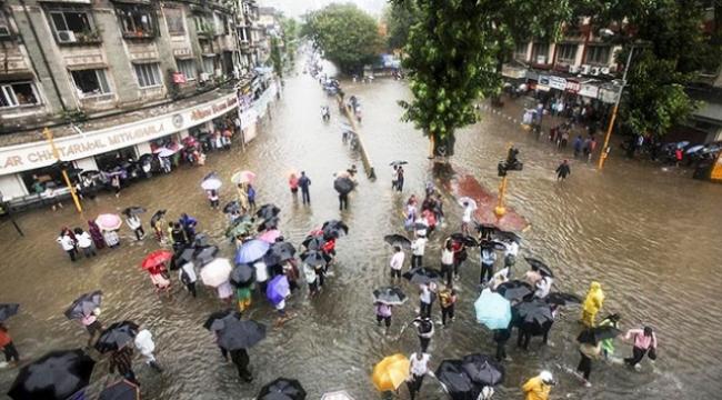 Hindistanda muson yağmurları 28 can daha aldı