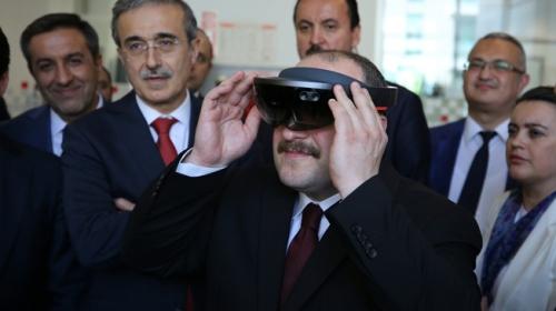 Bakan Varank Teknopark İstanbulu ziyaret etti