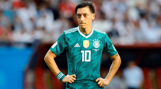 Mesut Özil Almanya Milli Takımını bıraktı