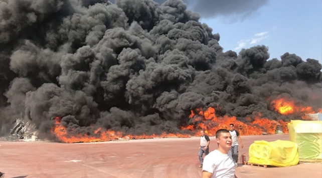 Antalya organize sanayi bölgesinde yangın