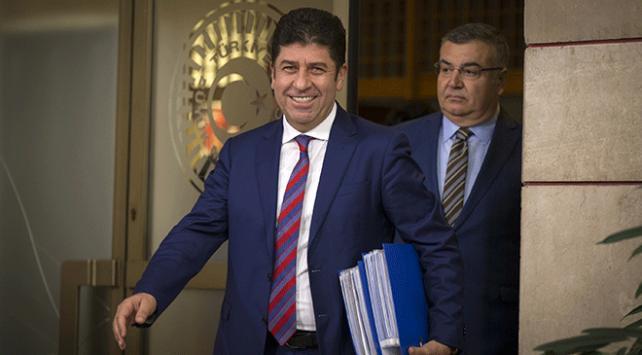 CHPli Tüzün: Kurultay için yeterli imza toplandı