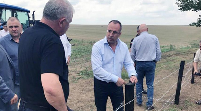 Bulgaristandan domuz vebasına tel örgülü önlem