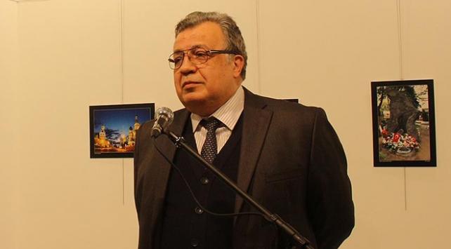 Büyükelçi Karlov soruşturması: Eski polis memuru tutuklandı