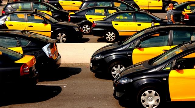İspanyada taksiciler greve başladı
