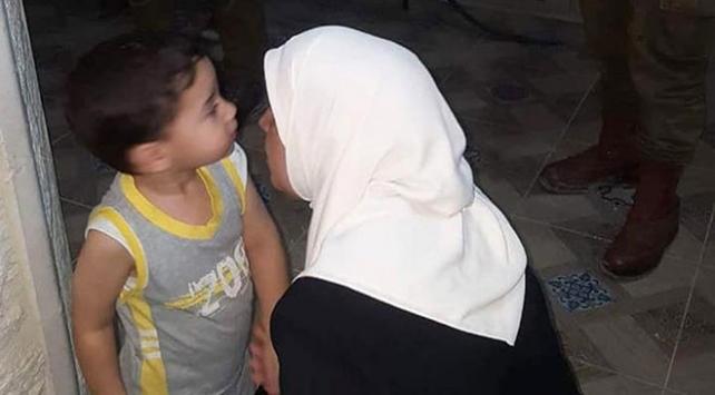İsrailden gözaltındaki Filistinli kadın yazara sert muamele