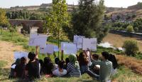 Diyarbakır'ın tarihi yapılarını resmediyorlar