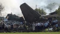Uçak Lojmanın Üzerine Düştü: 10 Ölü