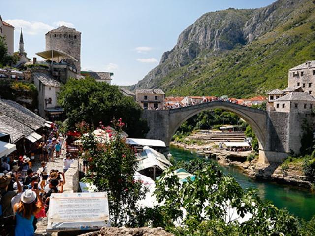 Bosna Hersek tarihi ve doğal güzellikleriyle büyülüyor