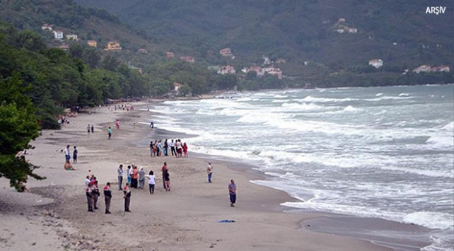 Kocaelide denize giren 2 kişi boğuldu