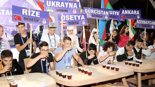 Rizede Uluslararası Tulum ve Müzik Festivali başladı
