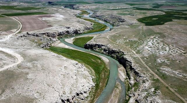 Ağrı Diyadin Kanyonu dört mevsim ziyaretçilerini ağırlıyor