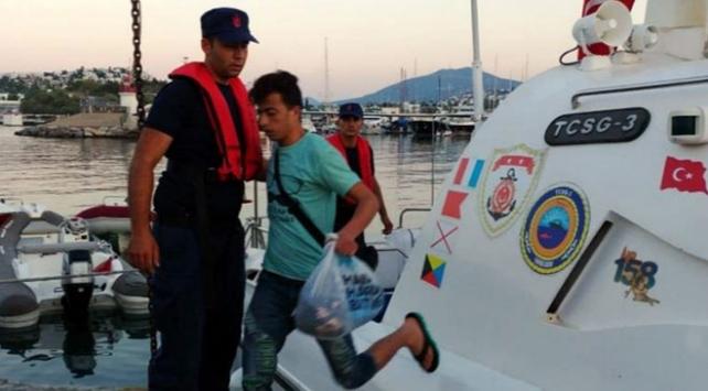 Muğla ve Muşta 64 kaçak göçmen yakalandı