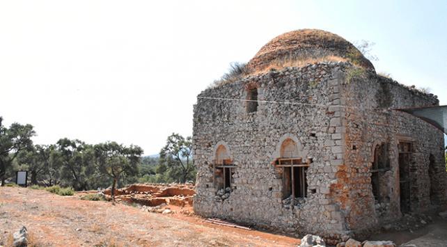 Antik kentteki Yelli Camii ayağa kaldırılacak