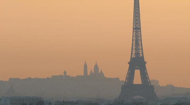 Pariste 1 yıl yaşamak 183 sigaraya bedel