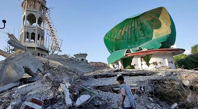 Endonezya depreminde ölü sayısı 387ye yükseldi