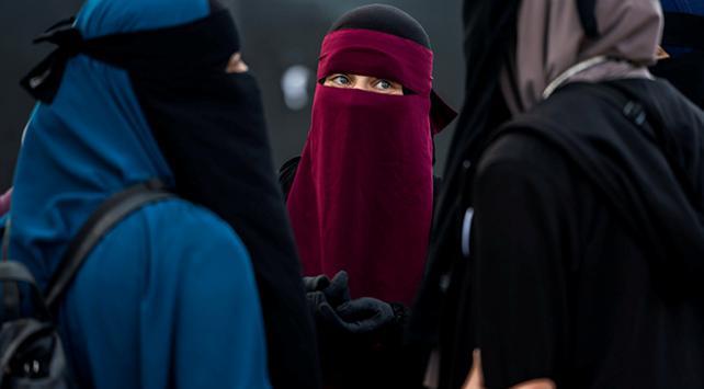 Danimarkada peçeli kadınlara hapis cezası gündemde