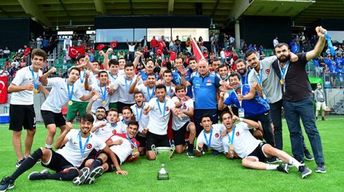 İşitme Engelliler Türkiye Milli Takımı Avrupa Şampiyonu oldu