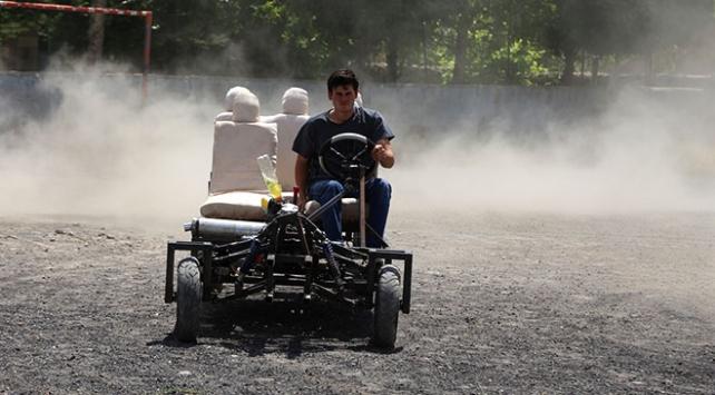 Lise mezunu Ali Özdemir kendi arabasını yaptı