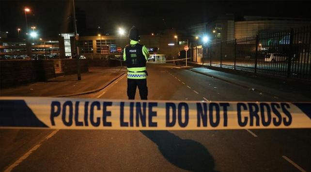 Manchesterda silahlı saldırı: 10 yaralı