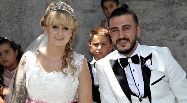 İngiltereden Vana gelin gelen Doyleye geleneksel düğün