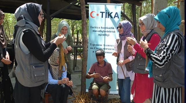 TİKAnın genç gönüllüleri Özbekistanda