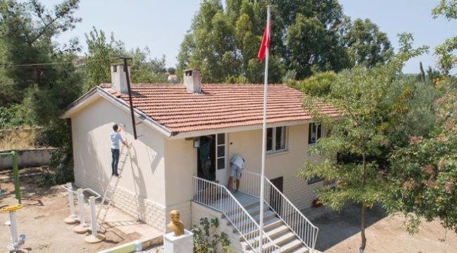 İzmirde rehabilite edilen çocuklar okul tadilatı yaptı