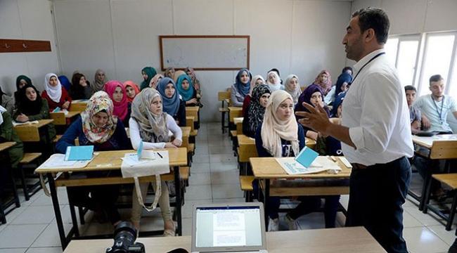TRT Worldden konteyner kentteki çocuklara gazetecilik eğitimi