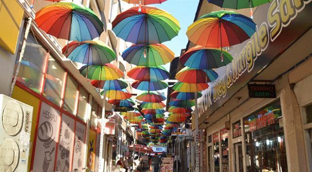 Ağrı'da Şemsiyeli Sokak projesi