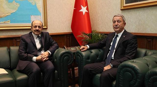 Milli Savunma Bakanı Hulusi Akar YÖK Başkanı ile bedelliyi görüştü