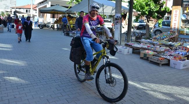 1 aydır bisikletle Türkiyeyi turluyor