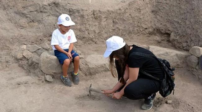 Kırşehirde öğrenciler arkeoloji kazılarına katıldı