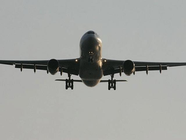 Uçakta sigara içen yolcuya bin 717 lira ceza