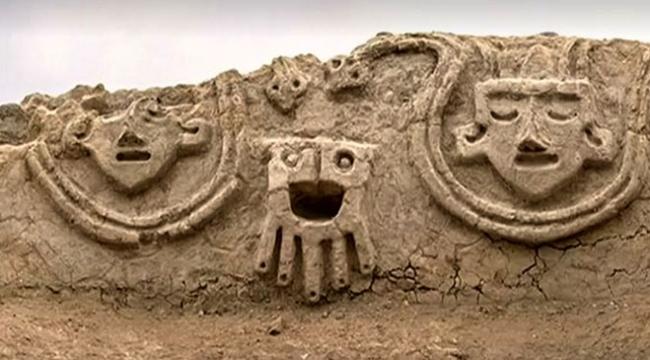 Peruda Caral uygarlığına ait eski bir duvar resmi keşfedildi