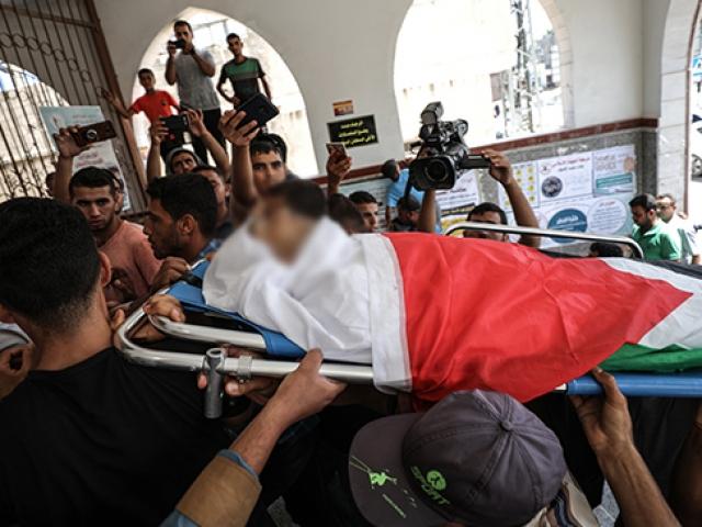 Gazze şehidini uğurladı