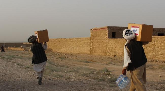 AFADdan Afganistana insani yardım