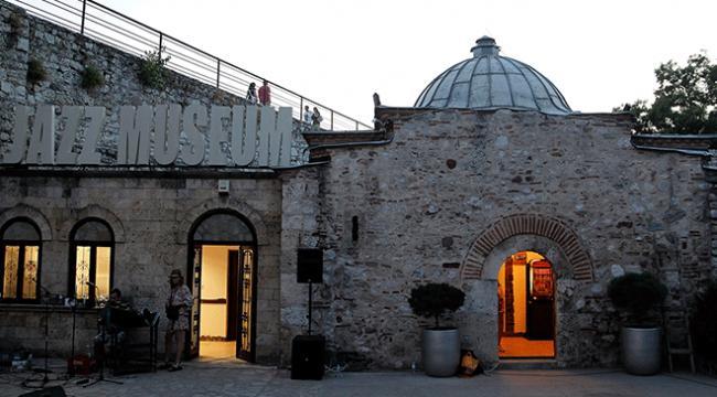 Sırbistanın ilk caz müzesi yoğun ilgi görüyor