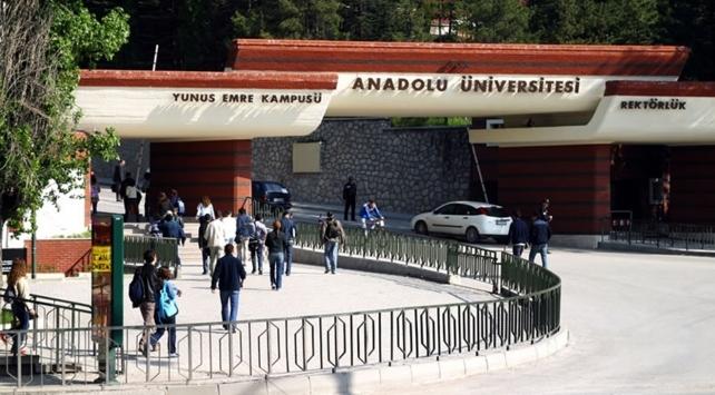 Anadolu Üniversitesi'nden 1,5 milyon öğrenciye eğitim imkanı