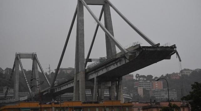 İtalyadaki köprü faciasında ölü sayısı 43e yükseldi