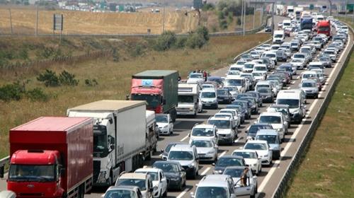 TEM Bolu geçişinde 30 kilometrelik araç kuyruğu