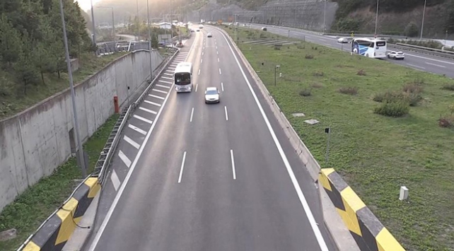 Anadolu Otoyolu Bolu Dağı geçidinde trafik normale döndü
